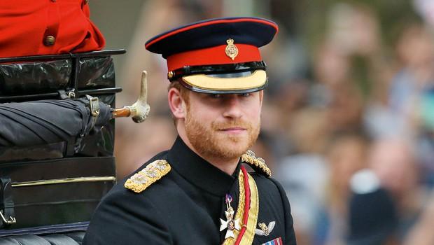 Bo princ Harry sploh kdaj nosil poročni prstan? (foto: Profimedia)