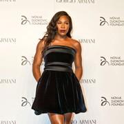 Glamurozna Serena Williams v večernem stajlingu.