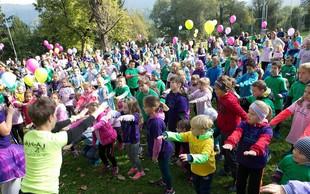 Na 1. Skazinem dobrodelnem teku s 420 otroki zbrali 5100 evrov