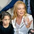 Lindsay Lohan je skoraj ostala brez prsta