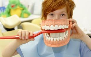 Zares znate pravilno ščetkati svoje zobe?