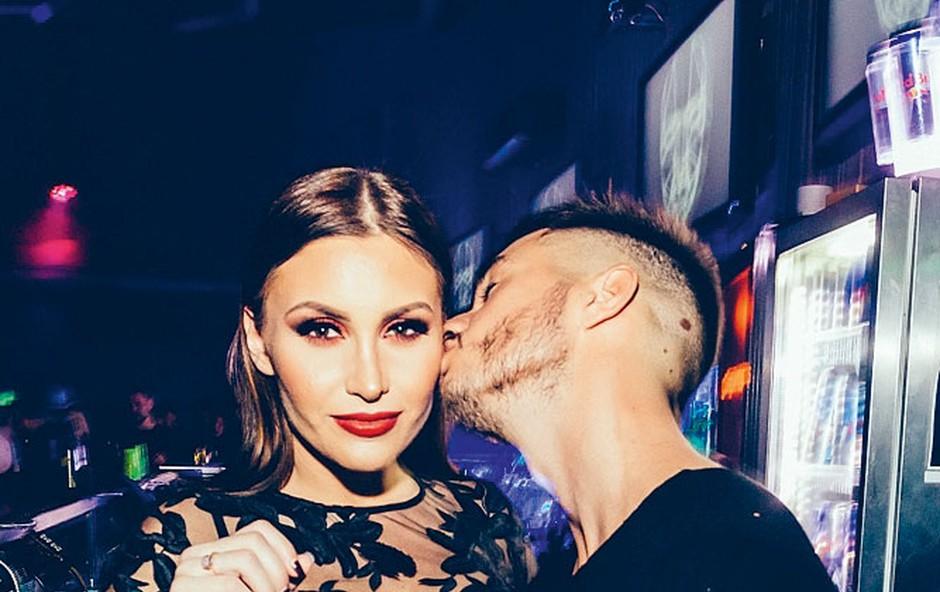 Nosečka Anja Jenko je uživala v Cirkusu (foto: Marko Dalbello Ocepek)