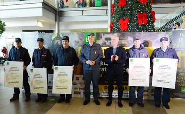 Z dobrodelno akcijo 'Za življenja gre' so opremili 52 prostovoljnih gasilskih društev!