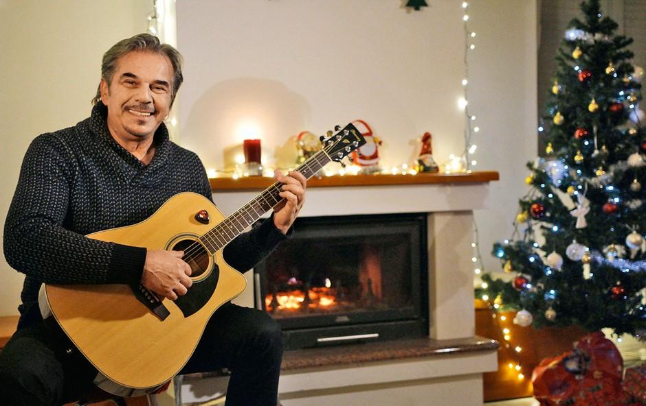 Davor Radolfi je pričaral božič v latino ritmih (foto: osebni arhiv)