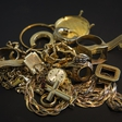 Mariborski policisti iščejo vlomilca, ki je odnesel za 30.000 evrov zlata!