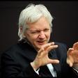 Obama pomilostil Manningovo in sprejel izziv Assangea, ki je obljubil, da se bo v tem primeru predal ZDA!