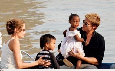 Biološka mama Zahare Jolie-Pitt želi stopiti v stik z njo