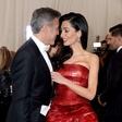 Zakonca Clooney pričakujeta dvojčka