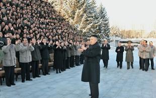 Severna Koreja z izstrelitvijo rakete izziva Trumpa