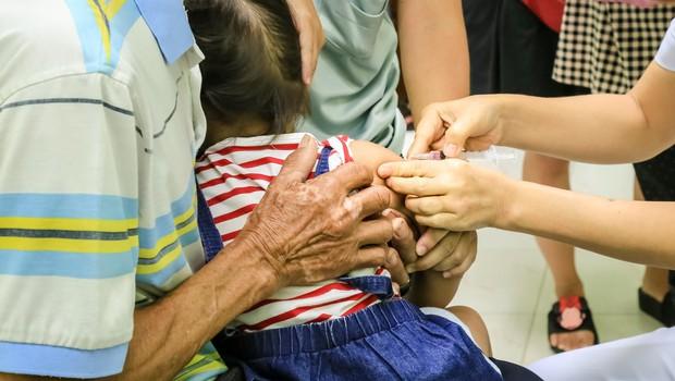Zaradi upadanj precepljenosti ni izključena kakšna epidemija tudi pri nas! (foto: profimedia)