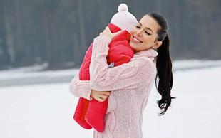 Iris Mulej je s hčerko Isabello uživala na snegu
