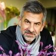 Cvetličar Marjan Lovšin svetuje, kako si lahko pomlad pričaramo že pozimi
