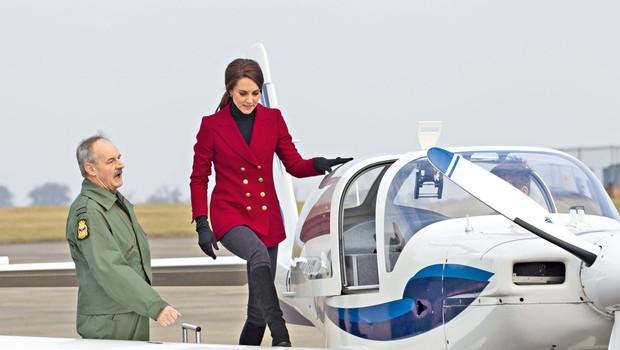 Kate Middleton: Preizkusila se je v vlogi pilotke (foto: osebni arhiv)