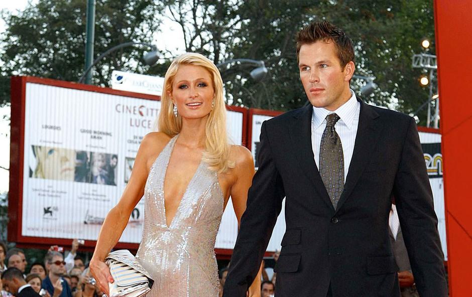 Paris Hilton ne skriva, da je sveže zaljubljena: Je končno našla princa na belem konju? (foto: Profimedia)