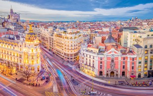 Madrid: Mesto ulične hrane, znamenitosti in barov
