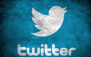 Twitter še vedno z izgubo