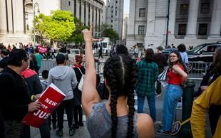1. maj po ameriško: pohodi, demonstracije, policisti in izgredi!