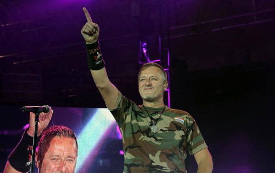Thompson se bo zaradi odpovedi koncerta potožil hrvaški diplomaciji! (foto: Hina/STA)