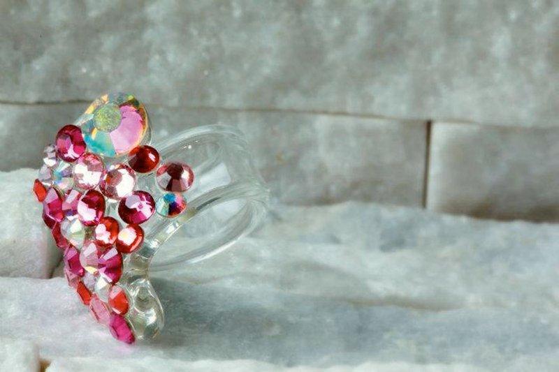 stekleni nakit