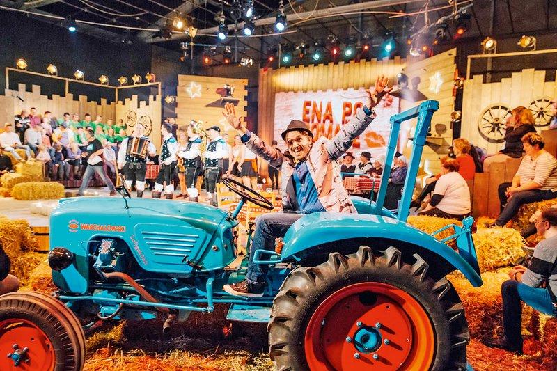 traktor, TV Golica