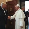 Papež Frančišek v Vatikanu sprejel Trumpa, ki sta ga spremljali Melania in Ivanka - obe v črnem!