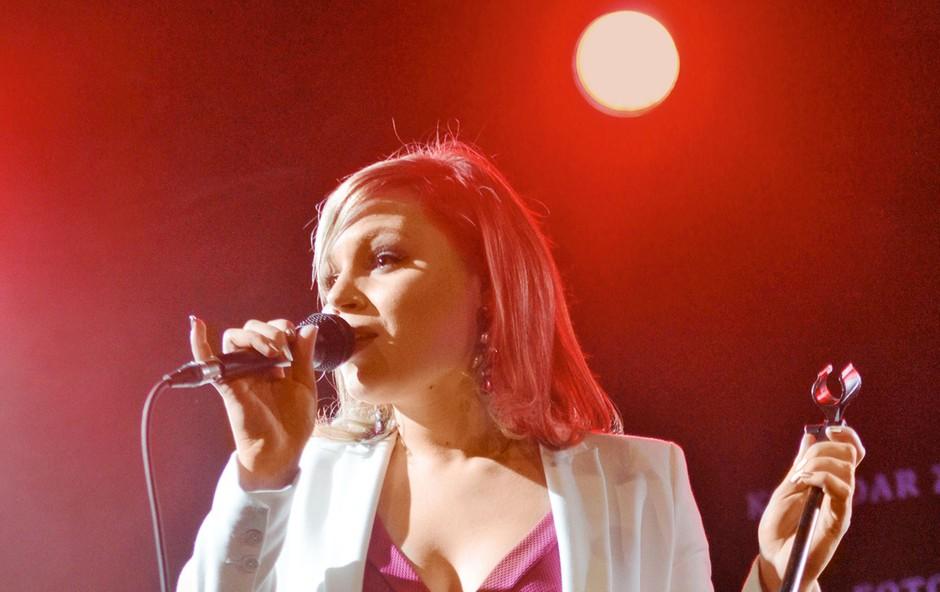 Ema Flora bo zaigrala v vlogi Vesne v muzikalu, ki na slovenske odre prihaja 7. junija. (foto: Goran Antley, Gorazd Slak)