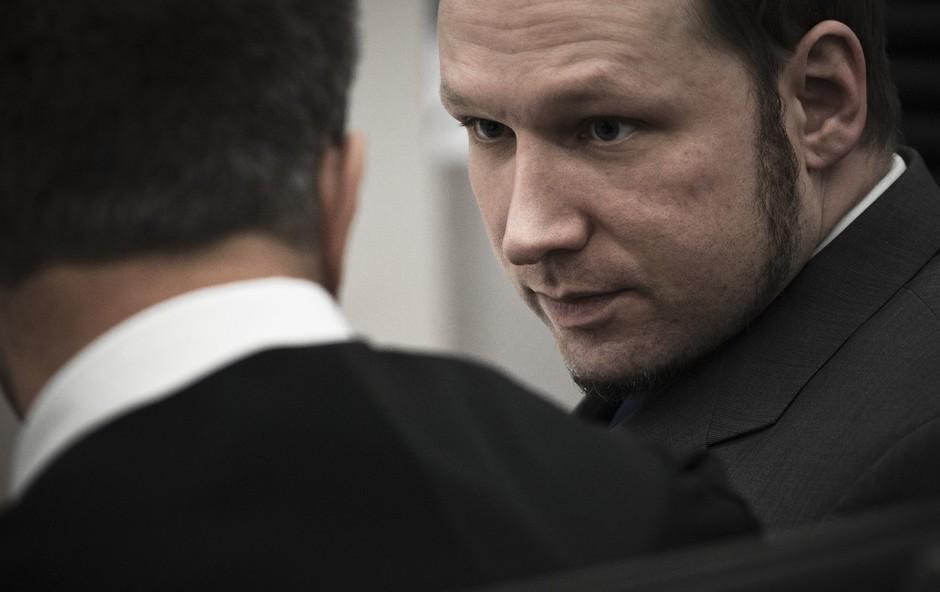 Norveški množični morilec Breivik si je spremenil ime v Fjotolf Hansen (foto: profimedia)