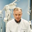 Dr. Bartenjev: Vse več poškodb zaradi sončnih žarkov