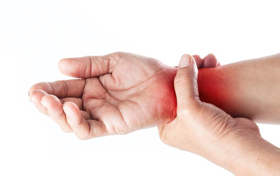 Artritis: Pod tem pojmom je poznanih več kot 100 vrst te bolezni (foto: Shutterstock)