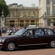 Prijavili britansko kraljico zaradi neuporabe varnostnega pasu