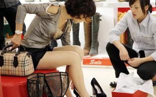 V Šanghaju moški odslej lažje po nakupih s svojimi ženami