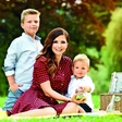 """Natalija Verboten uživa v materinstvu: """"Smo radovedna družina"""""""