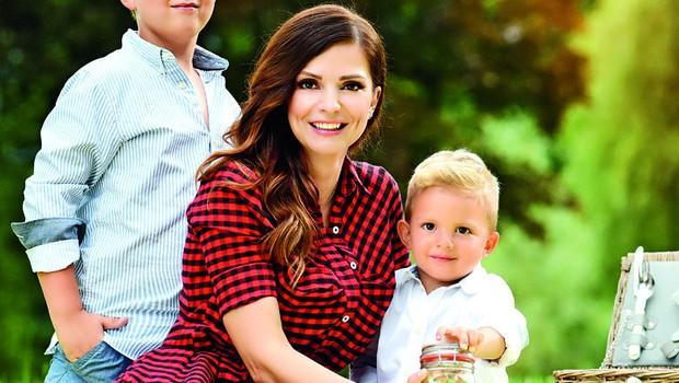 """Natalija Verboten uživa v materinstvu: """"Smo radovedna družina"""" (foto: Natalija Jelušič Babič)"""