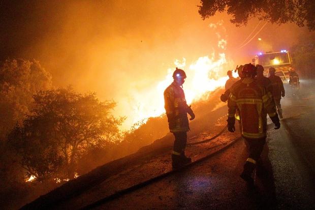 Na jugu Francije zaradi požara evakuirali najmanj 10.000 ljudi (foto: profimedia)