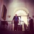 Čeprav ne verjame v smiselnost dopusta, Donald Trump zdaj vendarle odhaja na dopust