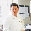 Luka Jezeršek: Pred dopustom pomagal v ljudski kuhinji Pod strehco