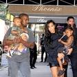 Kim in Kanye: Pričakovala naj bi še enega otroka