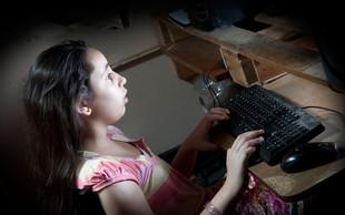 Ob posvetu o zlorabah otrok na internetu poziv k sodelovanju vseh institucij in uporabnikov