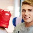 Superge Luke Dončića prodane za 30.000 evrov