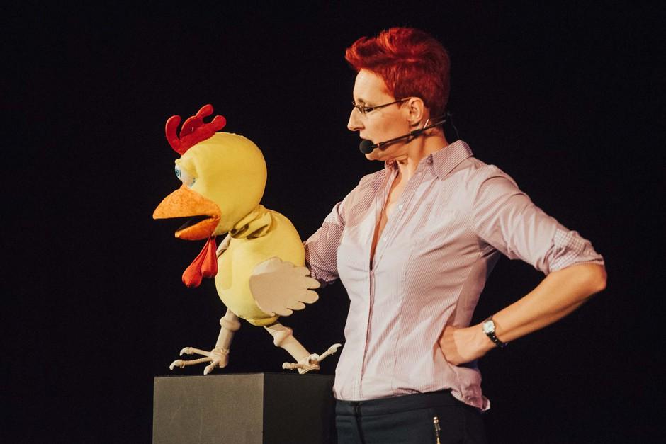 Komičarka Lucija Ćirović navdušila z monokomedijo za odrasle! (foto: Press)