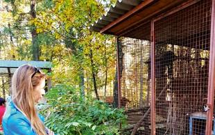 Tara Zupančič izstopala v živalskem vrtu