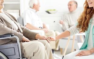 Socialni oskrbovalec in bolničar negovalec - poklica prihodnosti
