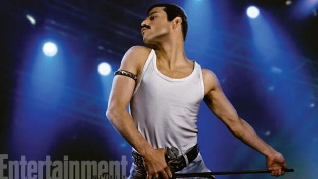 Na fotografiji Rami Malek tako, kot upodablja Freddyja! (foto: profimedia)