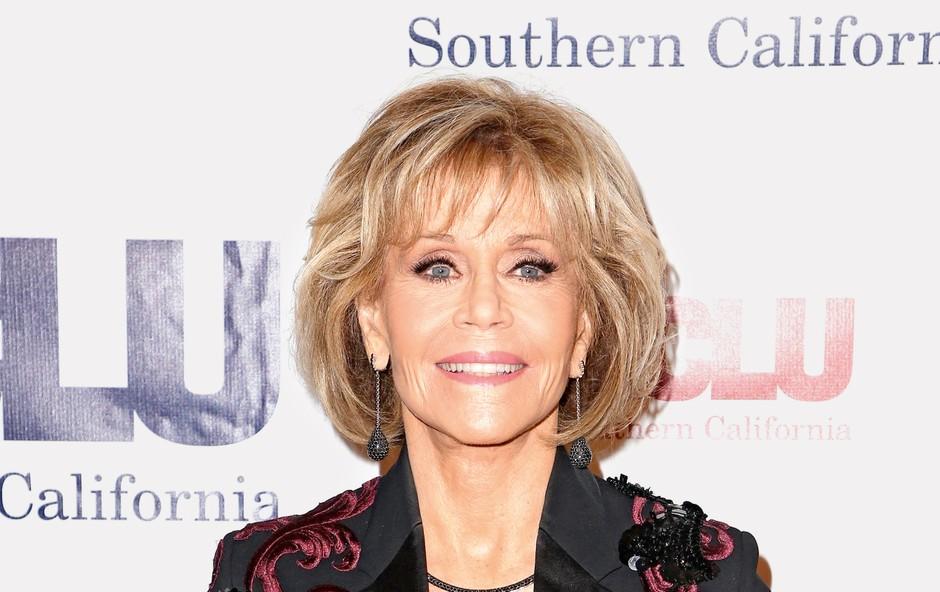 80-letna Jane Fonda prizna, da občasno prižge džojnt (foto: Profimedia)