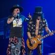 Guns N' Roses spet v polni postavi in na uspešni turneji