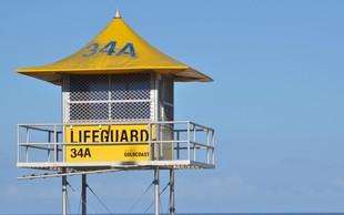 VIDEO: V Avstraliji s pomočjo drona rešili dva plavalca!