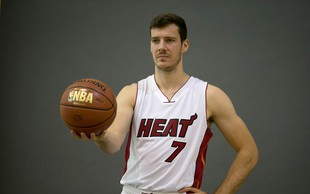 Goran Dragić ostal brez all-star tekme, a se zato toliko bolj veseli dopusta z družino!