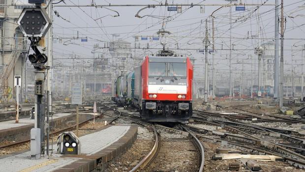 Železniška proga med Divačo in Koprom po sanaciji vnovič odprta (foto: profimedia)