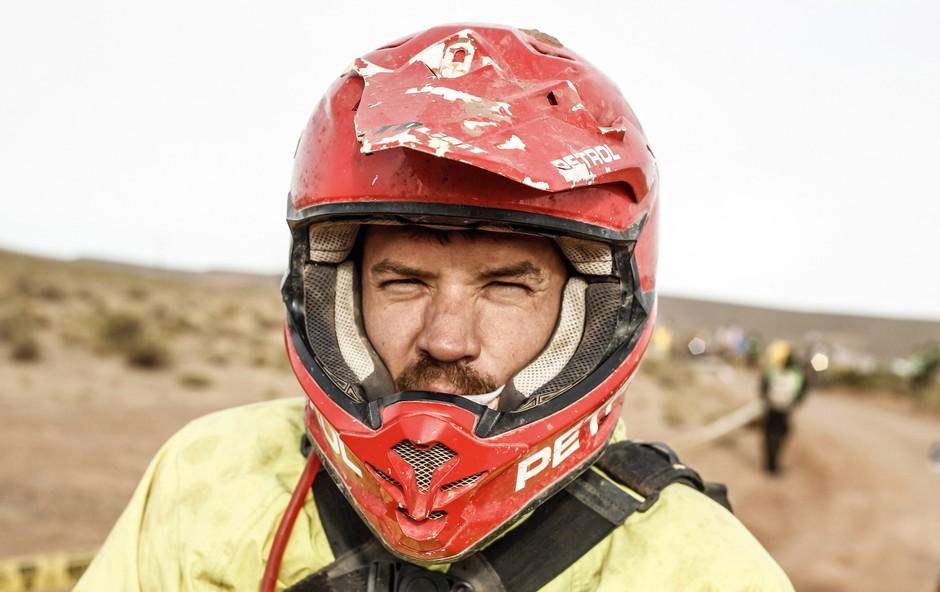 Reli Dakar: Za Simonom Marčičem je dolga preizkušnja, malo spanca in veliko zgodb (foto: rallyzone)