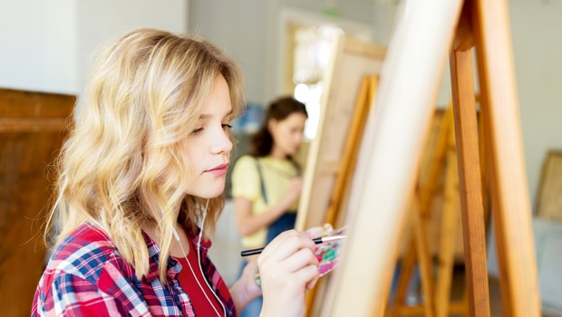 Andreja Peteros (učiteljica aranžerstva): Za iznajdljivost na papirju in življenju (foto: Shutterstock)